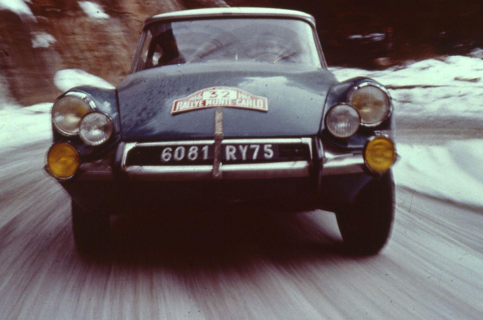 Rallye De Monte Carlo 1966   66.7.5   copyright A. MARTIN